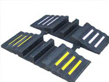 With a simple interlock design the hose ramps quickly assemble on site to form a continuous rubber ramp in minutes.