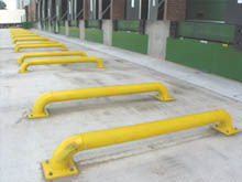 Loading bay wheel guides